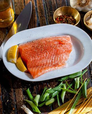 Przepis na obiad z łososiem w roli głównej